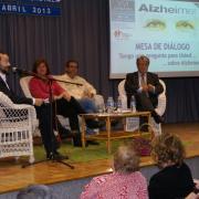 Mesa de diálogo sobre alzhéimer