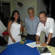 Bermejo firma convenio con Universidad Autónoma de Honduras.